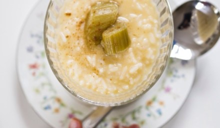 RHUBARB & CUSTARD RICE PUDDING