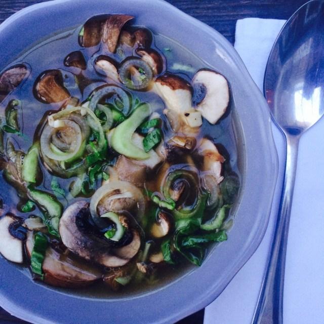 Simple mushroom soup, 37p (MICROWAVE) (VEGAN)