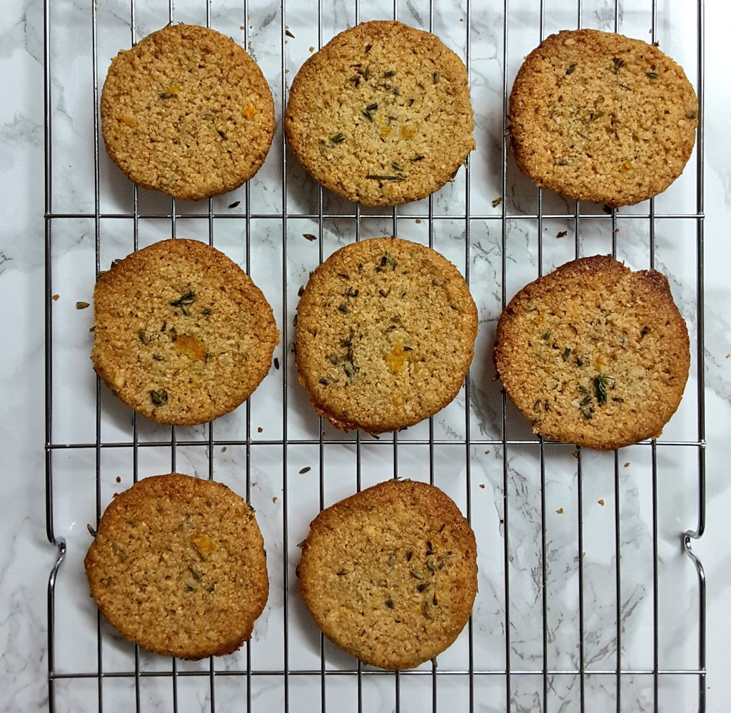 Crumbly Almondy Gluten Free Cookies recipe by Jack Monroe