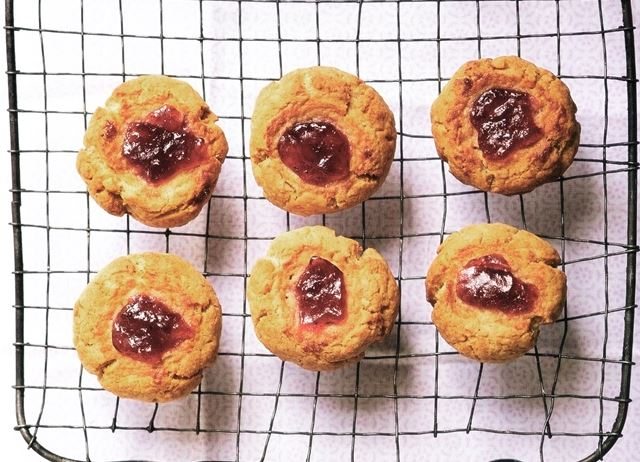 Thrupenny PBJ Cookies, 3p [A Girl Called Jack]